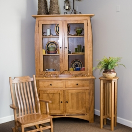 Simply Amish Aspen Hutch Rocker and Plant Stand (002)